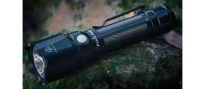 Тактический фонарь Fenix TK22 v2.0
